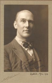 Photo of Clive Carey